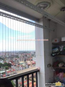 Thay dây cáp, bộ tời giàn phơi Hòa Phát giá rẻ tại nhà chị Hiên, Hoàng Mai, Hà Nội - 08