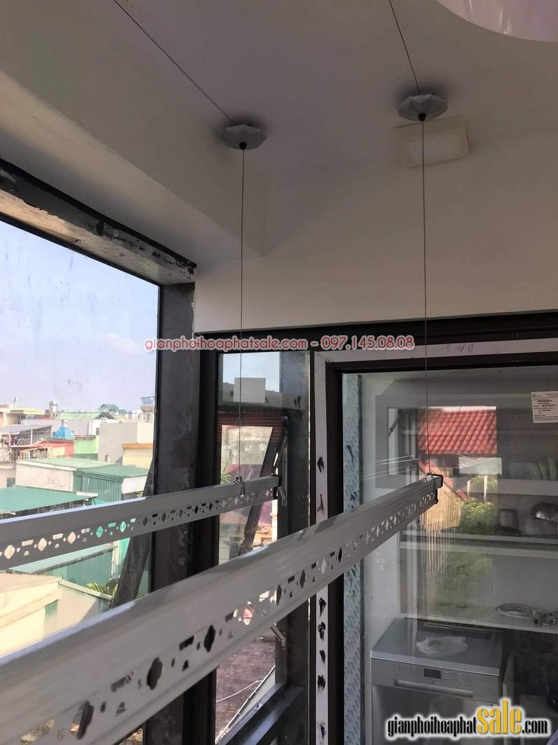 Hình ảnh lắp giàn phơi tại Long Biên, bộ Hòa Phát HP999B nhà anh Chiến - 05