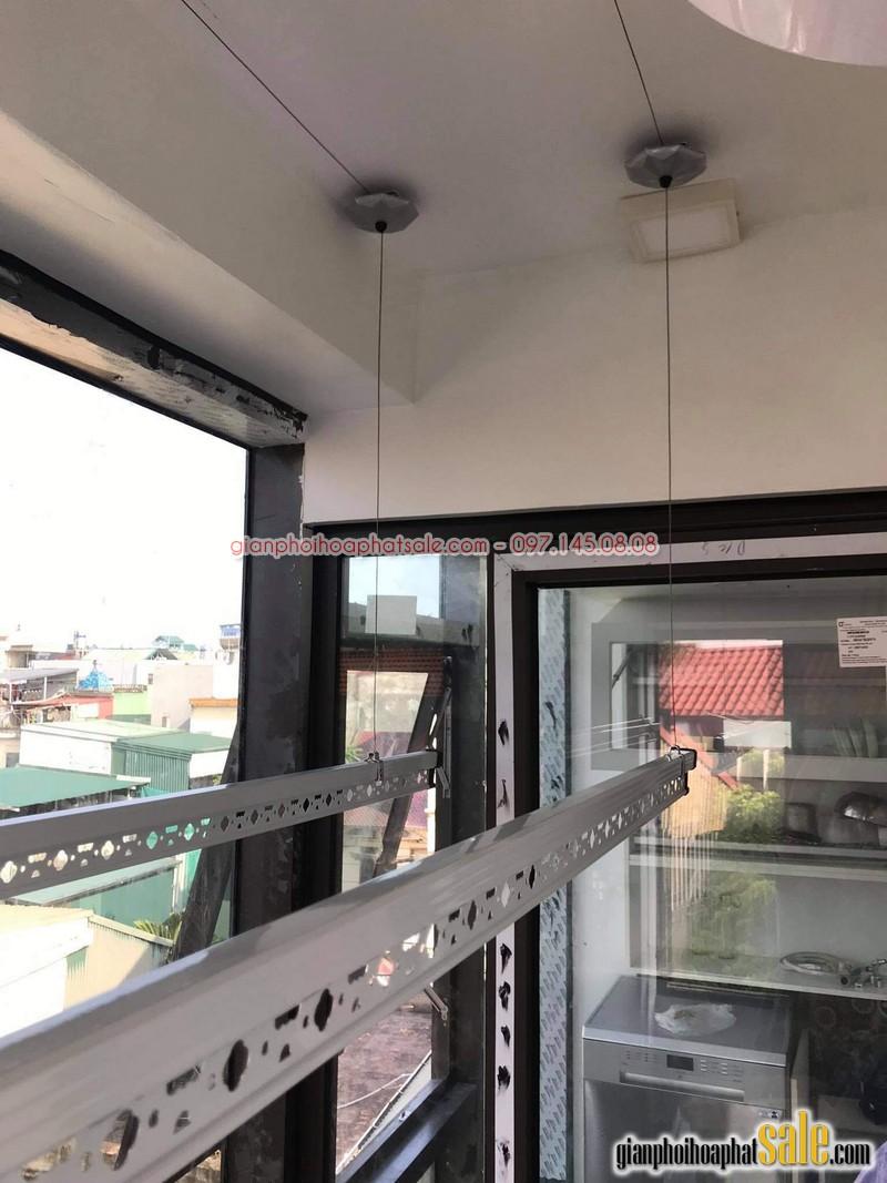 Hình ảnh lắp giàn phơi tại Long Biên, bộ Hòa Phát HP999B nhà anh Chiến - 06