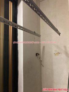 Sửa giàn phơi tại Times City: thay dây cáp, chuyển vị trí giàn phơi ở tòa T9 nhà chị Châu - 02