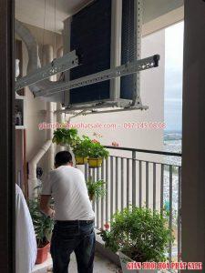 Lăp giàn phơi tại Vinhomes smart City nhà anh Tiến, tòa S3.01 - 04