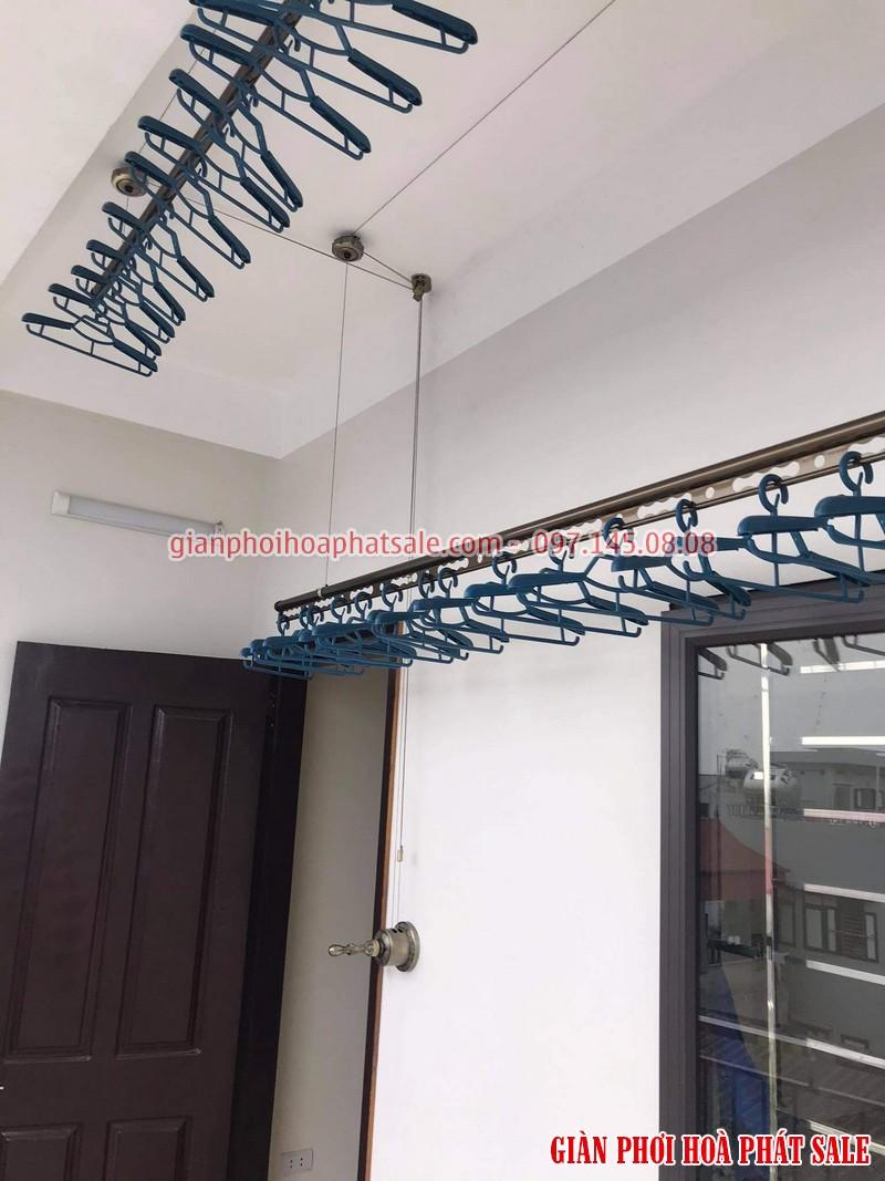 Mua giàn phơi Hòa Phát HP300 tặng ngay 30 móc phơi chống bay cao cấp