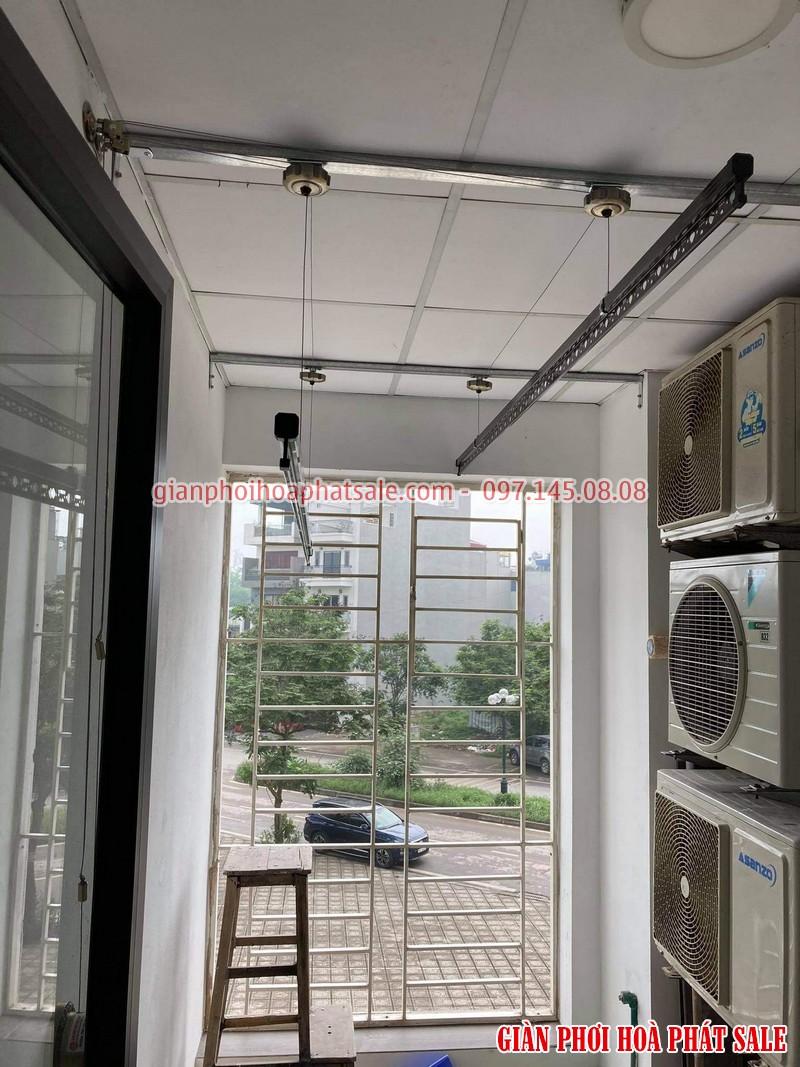 Lắp giàn phơi thông minh Long Biên tại chung cư Ruby 2 bộ Hòa Phát HP300 - 06