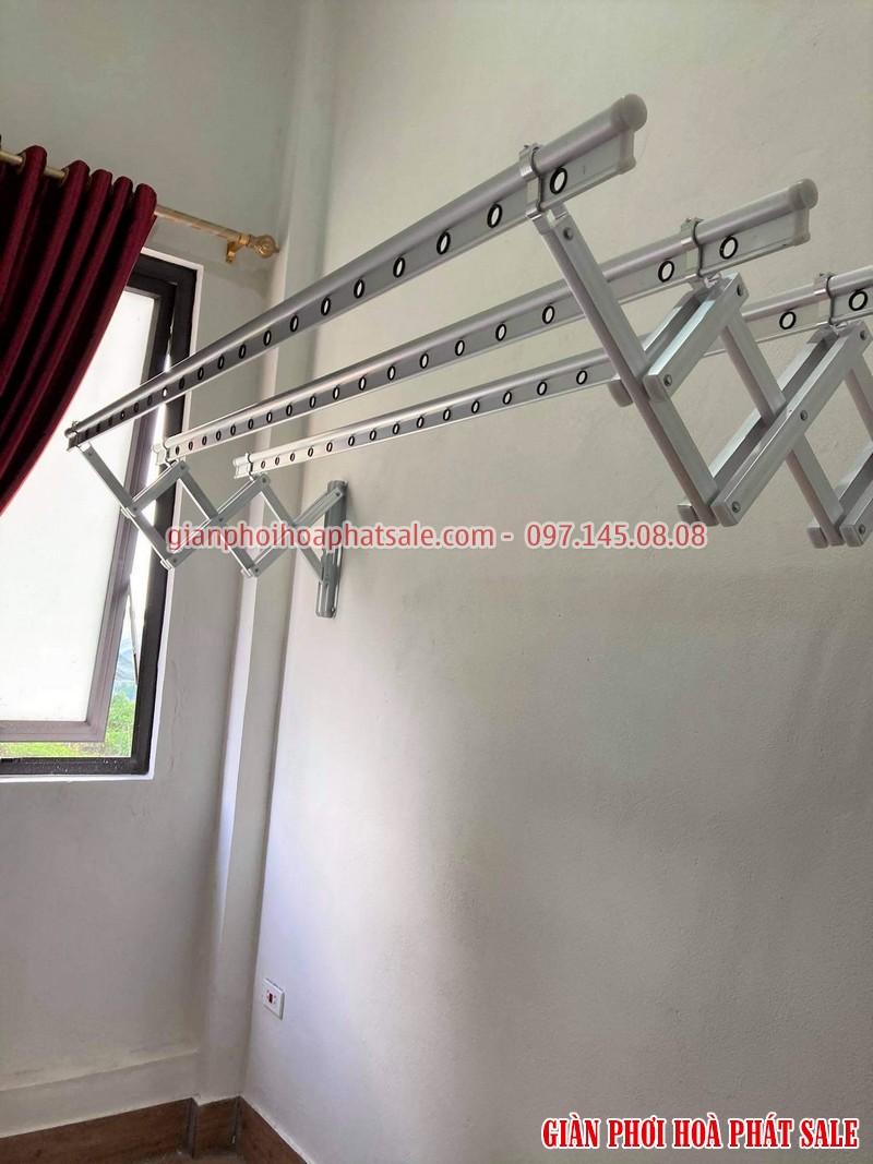 giàn phơi xếp tường Hòa Phát 68A có thiết kế đơn giản