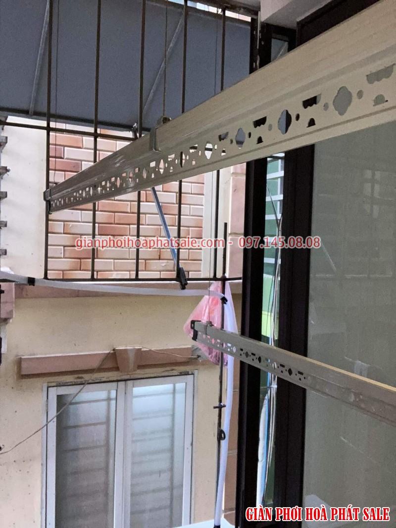 Hình ảnh giàn phơi đồ thông minh Hòa Phát HP701 lắp tại Thanh Xuân nhà chị Hiền- 03