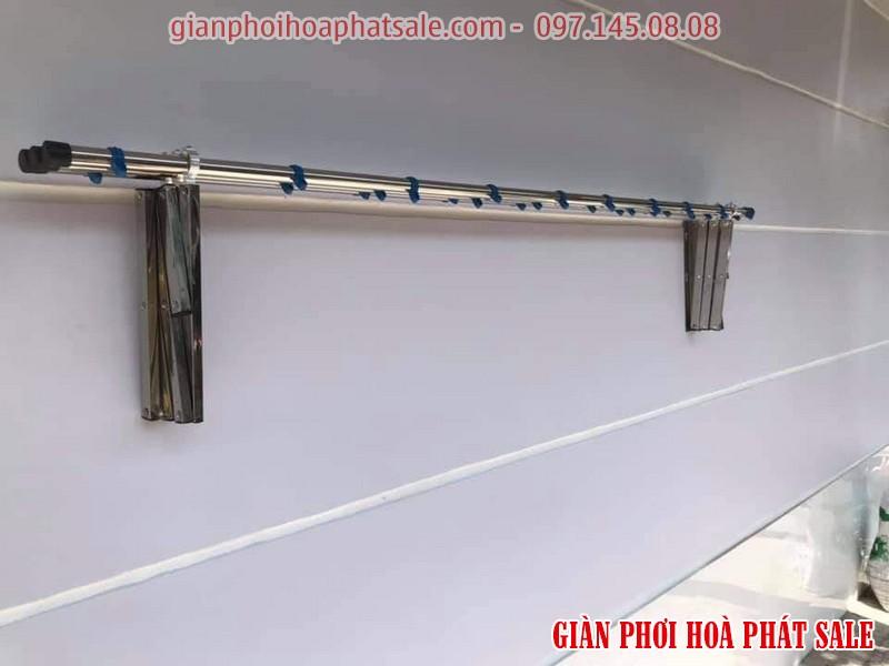 giàn phơi gắn tường giá rẻ Hòa Phát 68B