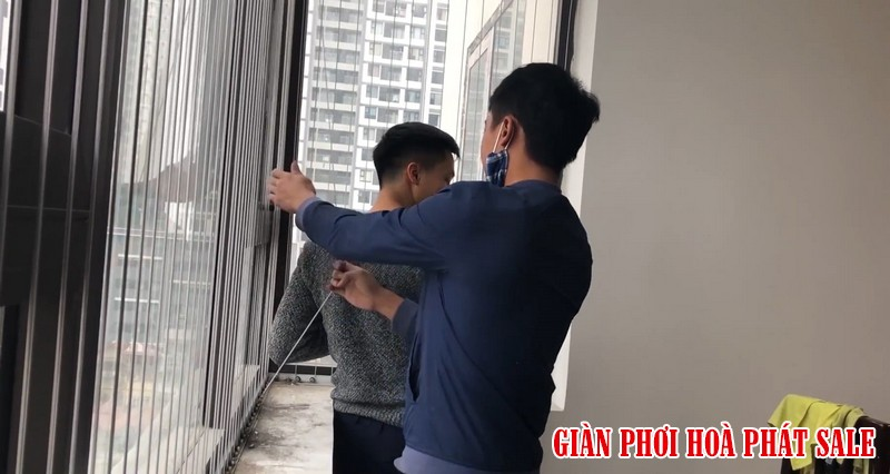 Cách lắp đặt lưới an toàn ban công, cửa sổ