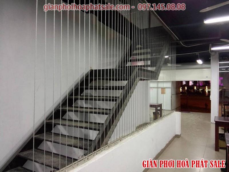 Hình ảnh lưới bảo vệ cầu thang thi công thực tế